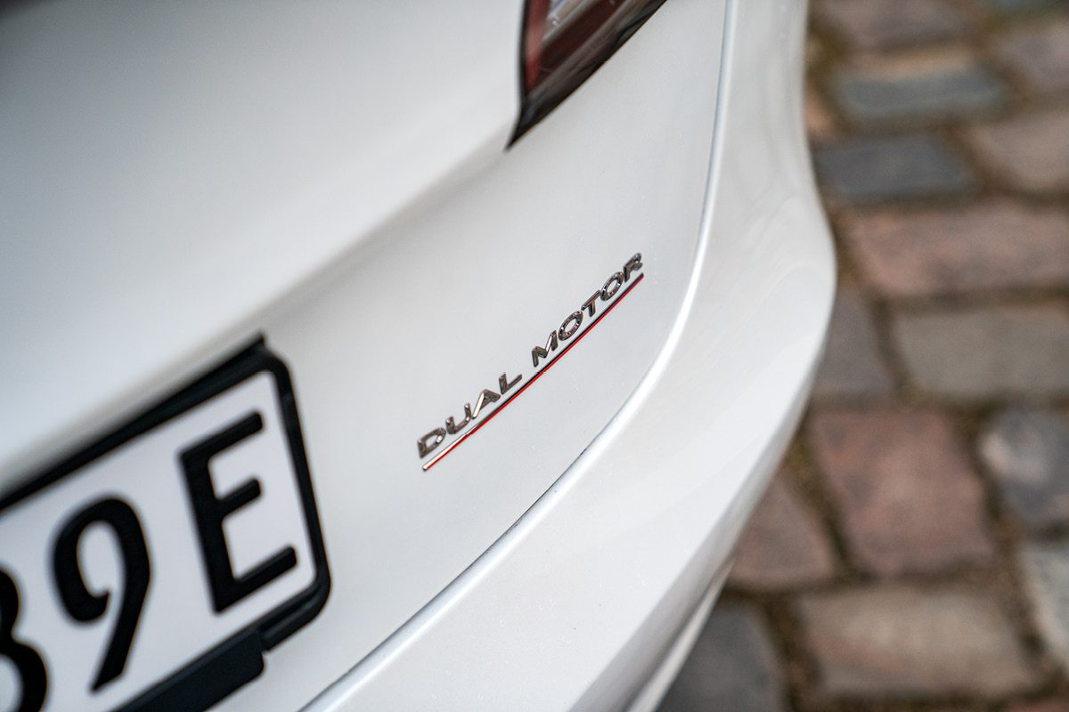 Tesla Model 3 - Dual Motors